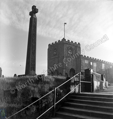 Whitby Church & Caedmon's Cross
